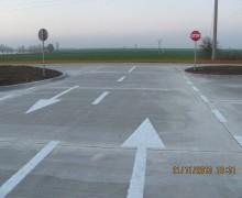 Drumuri  pietruite si asfaltate
